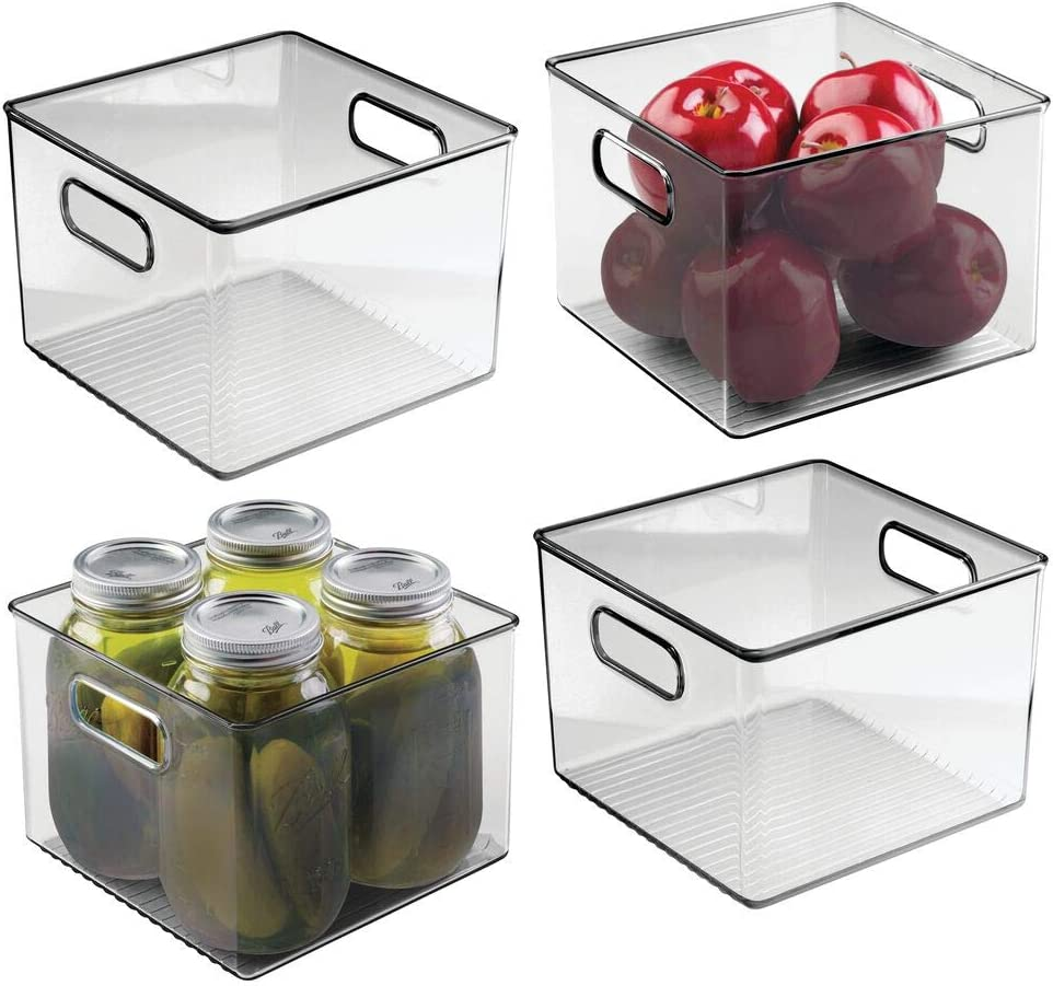 mDesign Juego de 4 cajas organizadoras con asas – Organizador de frigorífico para almacenar alimentos – Contenedor de plástico sin BPA para los armarios de la cocina o la nevera – transparente/gris