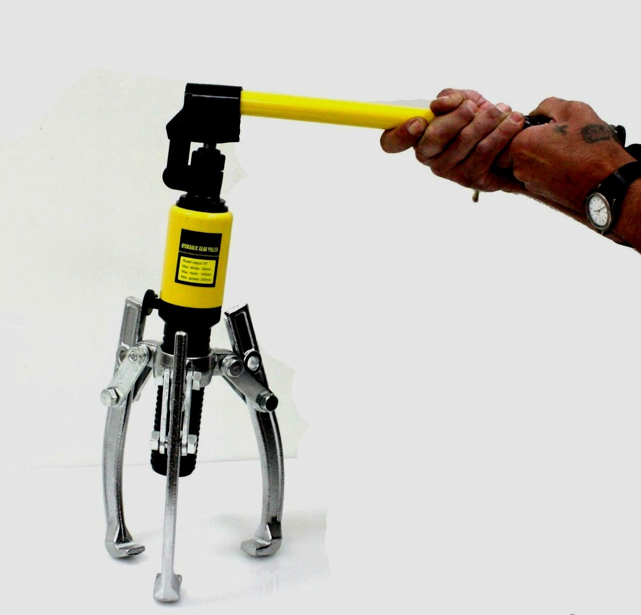 Wheel Bearing Puller Claw Yellow Steel Extra Strength 5 Ton Capacity Hydraulic Gear 2 Or 3 Reversible Jaws With Travel Case - Skroutz