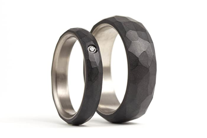 Amazoncom Set of two titanium and graphite wedding bands Modern
