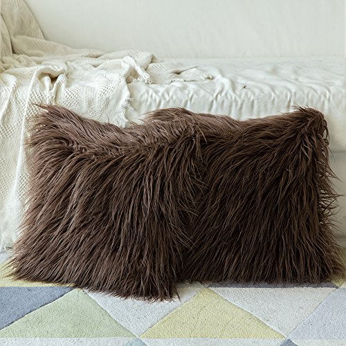 Pillow Chocolate Throw (Miulee Pack of 2, Decorative New Luxury Series Merino Style Chocolate Fur Throw Pillow Case Cushion Cover for Sofa Bedroom Car 18 x 18 Inch 45 x 45 Cm)
