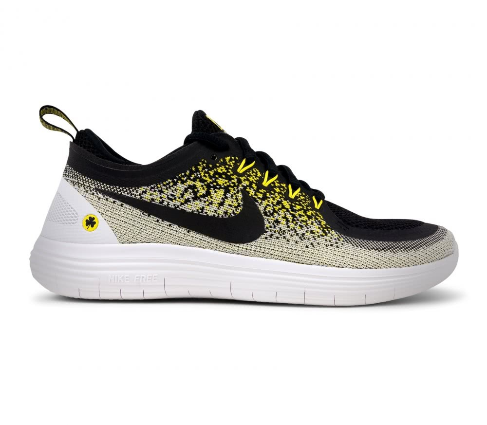 24603cfcf85 Amazon.com  Nike Women s Free RN Distance 2 BSTN Women s Size 9 M US  Sports    Outdoors