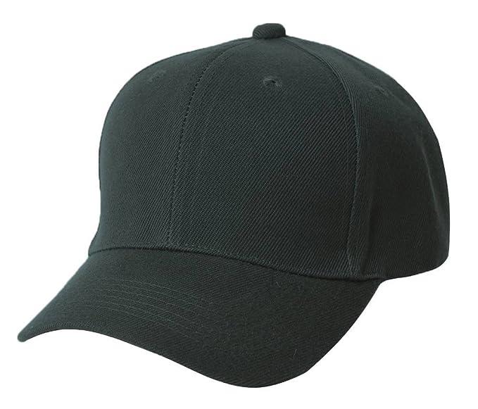 aa4a61b46b1 Amazon.com  Magic Plain Fitted Hat - Black  Clothing