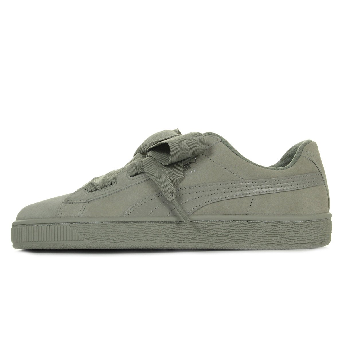 Girls' Shoes PUMA Girls' Suede Heart SNK Jr Trainers Girls