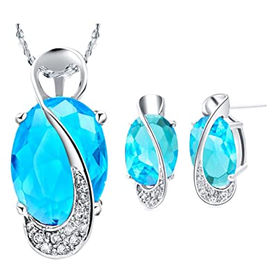 Layla Jewellery 18k White Gold Plated Alloy Swarovski Elements Crystal Jewelry Set include Pendant Necklace and Stud Earrings for Ladies Gift F8PAkQx