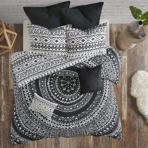 Urban Habitat Larisa 7 Piece Cotton Comforter Set Black King/Cal King by Urban Habitat