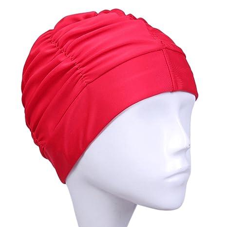 Coiffures de femmes bonnet et cheveux longs
