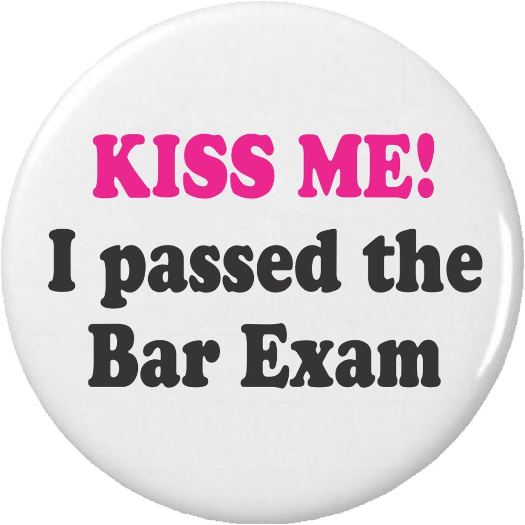 Amazon.com: Kiss Me. Pasé el bar Exam 2.25
