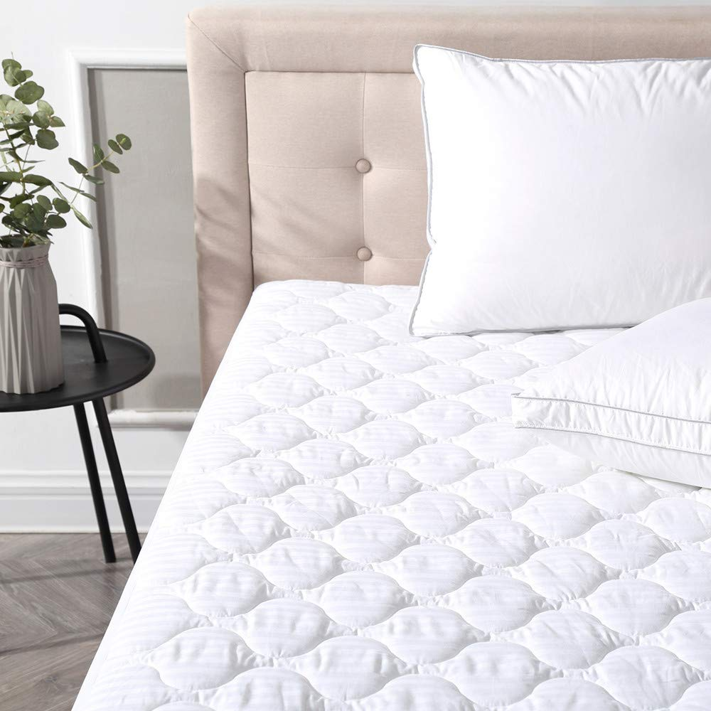 Classic Brands Defend-A-Bed Deluxe Quilted Waterproof Mattress Protector, Twin MP0002-1110