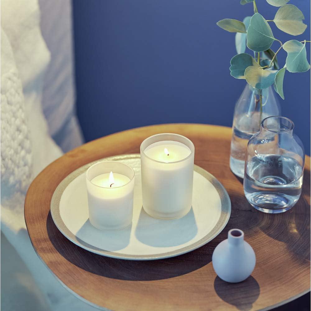 NIVEA Home Duftkerze mit dem unvergleichlichen Duft der NIVEA Creme Brenndauer bis zu 24 Stunden Aromatherapie-Kerze im hochwertigen milchig-wei/ßen Glas 1 x 120g mittelgro/ß