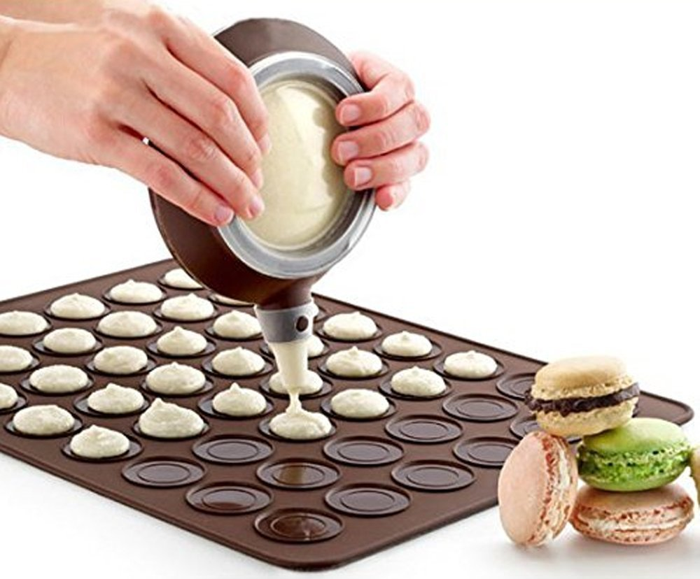 Macaron Silicone Baking Decorating Pen Icing Tips with 4 Nozzles Set Ingredients on box MULTI