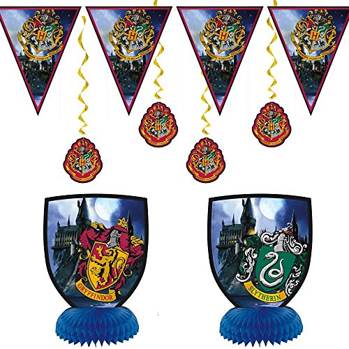 Harry Potter Children's Birthday Party Supply Set Includes 7 pc Decoration Kit and 8 pc Photo Props by Honey Badger Brands (Image #1)