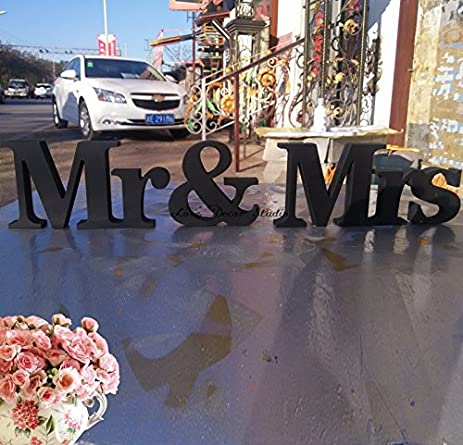 Amazon.com: Black Large MR MRS wedding sign-Mr and Mrs Table Sign ...
