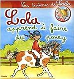 Lola apprend à faire du poney