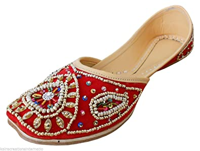 6e4eb825a914 Kalra Creations Women s Traditional Indian Mojari Velvet with Sequence Work  Ethnic Flats (6 M