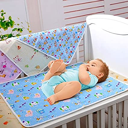 Idepet Portable Nappy Changing Mat, Waterproof Diaper Changing Pad with Head Cushion Pockets, Foldable Infant Urinal Pad Baby Changing Kit for Home Travel Outside …