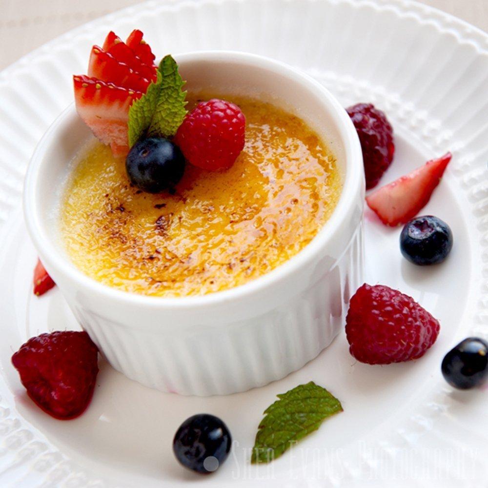 (Set of 6) 4.5 oz. Porcelain Ramekins, White, Bakeware, Souffle Dishes, Creme Brulee, Pudding, Custard Cups, Desserts, by K Basix by K Basix