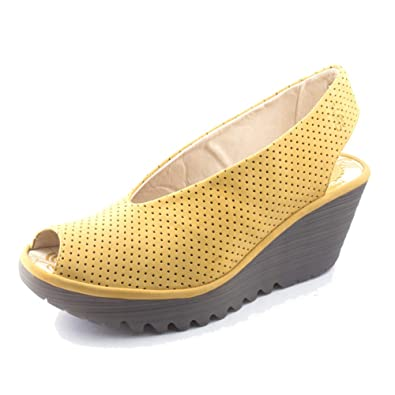 9a4b0f1218f75 Amazon.com | FLY London Women's Yazu Slingback Wedge Sandal | Sandals