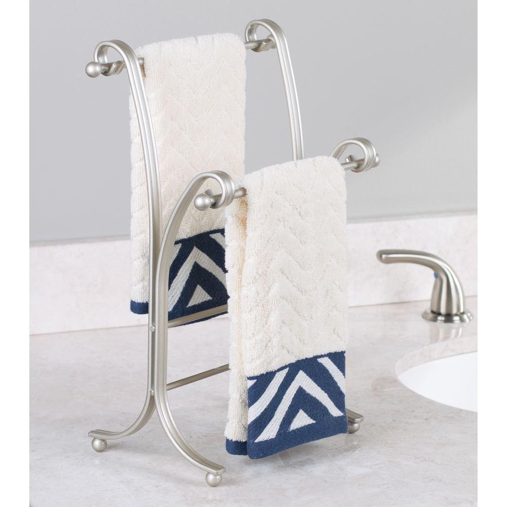 mDesign Toallero de pie - Práctico colgador para dos toallas pequeñas, ideal para la mesada del baño - Moderno secatoallas para colocar sin taladrar ni ...