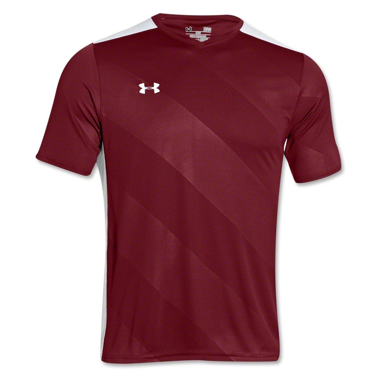 ddc2fb2108e Amazon.com  Under Armour Men s Fixture Soccer Jersey  Clothing