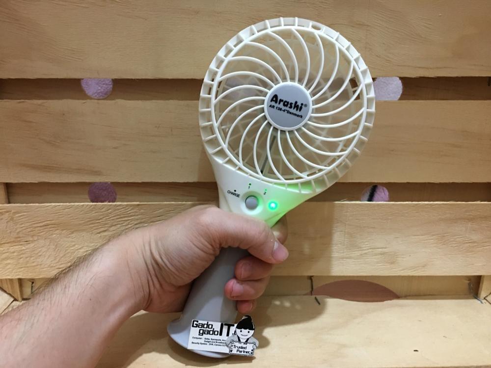 Bulfyss Arashi Plastic Portable Mini USB and Battery Fan (Random, Small) product image