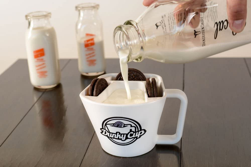 Amazon Com Dunky Cup For Dunking Sandwich Cookies In Milk Snacks More A Unique Gift Snack And Dessert Lovers Home Kitchen