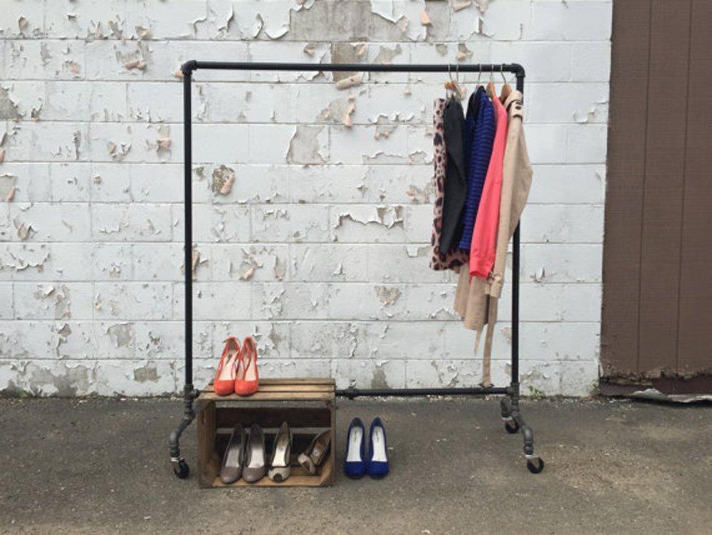Industrial Pipe Clothing Rack Vintage Garment Rack Pipeline Rolling Clothing Racks on wheels (63''Tall)