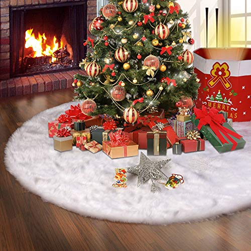 Konsait 48 Inch Faux Fur Christmas Tree Skirt Plush Holiday Tree Ornaments Snowy White Tree Skirt Mat Base Cover for Merry Christmas Decor & New Year Party Holiday Home Decorations