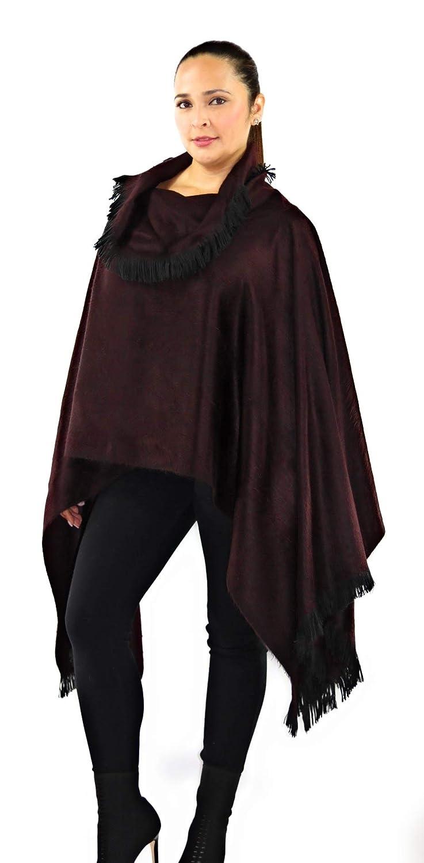 Elegant Womens Alpaca /& Wool Poncho Coat w//Hand Knitted Croquet Neck /& Edges