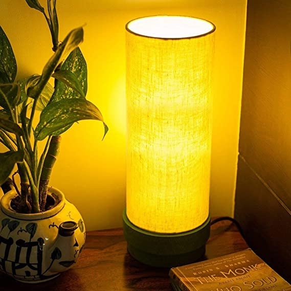 ExclusiveLane 14 Inch Wooden Home Decorative Living Room Table Lamp (Green)