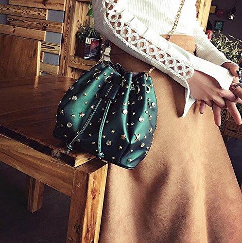 Mode Sac Diamant Épaule Qualité Femmes À Nouveaux Main Sacs Britannique Sac Mode Cuir En Pu Rivets GWQGZ Sac Seau Messenger Lumineux RdxqaFnR