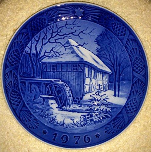 (1976 Royal Copenhagen Christmas Plate - Vibaek Mill)