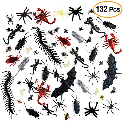 Kuuqa 132 Pieces Plastic Realistic Bugs Prank Novelty Insects Bugs Fake Roaches Spiders Scorpions Rats Geckoes Centipedes Flies Bats for Halloween Party Favors Creepy Decorations Supplies (Bugs 24 Piece)