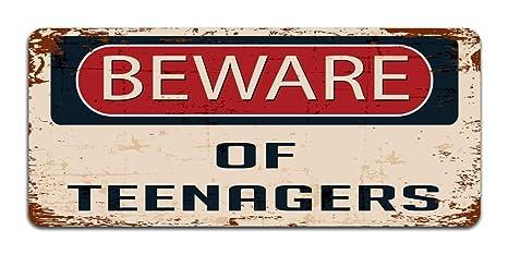 Beware Of adolescentes – Vintage con efecto de metal/Cartel De Puerta