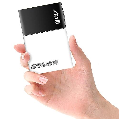 Artlii Pico Projecteur, Cadeau de Noël - Mini Vidéoprojecteur Portable Compatible Chromecast/Clé USB/Ordinateur / HDD/Console de Jeu, pour Jeux vidéo/Films