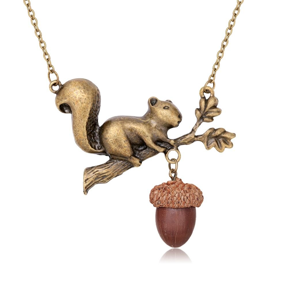 TUSHUO Bronze-colored Squirrel Tree Branch Leaves Acorn Natural Necklace Best Holiday Gift For Anyone (2)