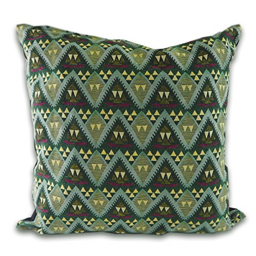 tamarind-bay-18x18-green-triangle-patteren-pillow-cushion-cover-with-black-cotton-backside