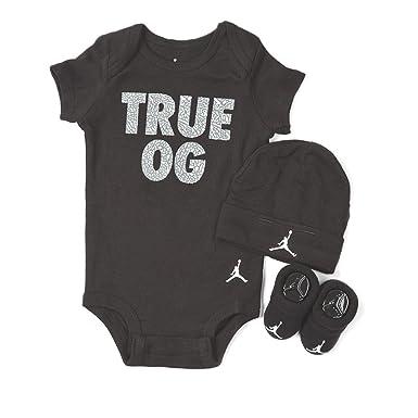 NIKE 3-Piece Infant (0-6 Months) Jordan True OG Graphics Gift
