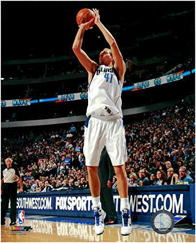 Dirk Nowitzki Dallas Mavericks Unsigned Licensed Basketball Photo
