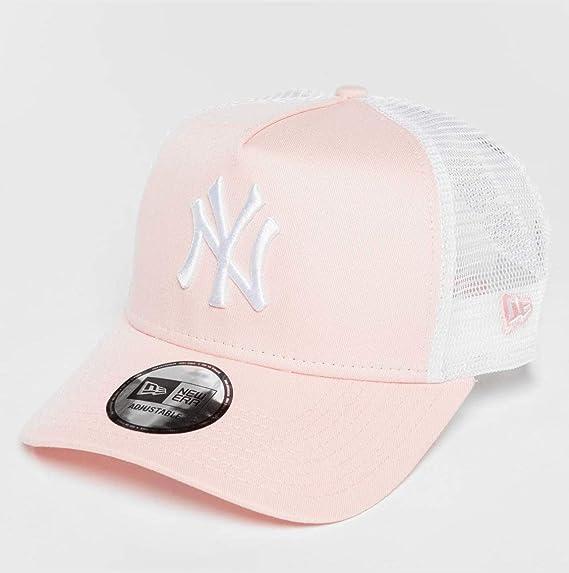 New Era League Essential Trucker NY Yankees casquette trucker  Amazon.fr   Vêtements et accessoires a7be7c28d1f7