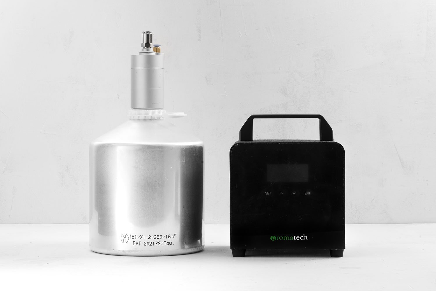 Home or Commercial HVAC Fragrance Diffuser for 100% essential and aroma oils.Connect to HVAC (air conditioning). HVAC Scent Machine