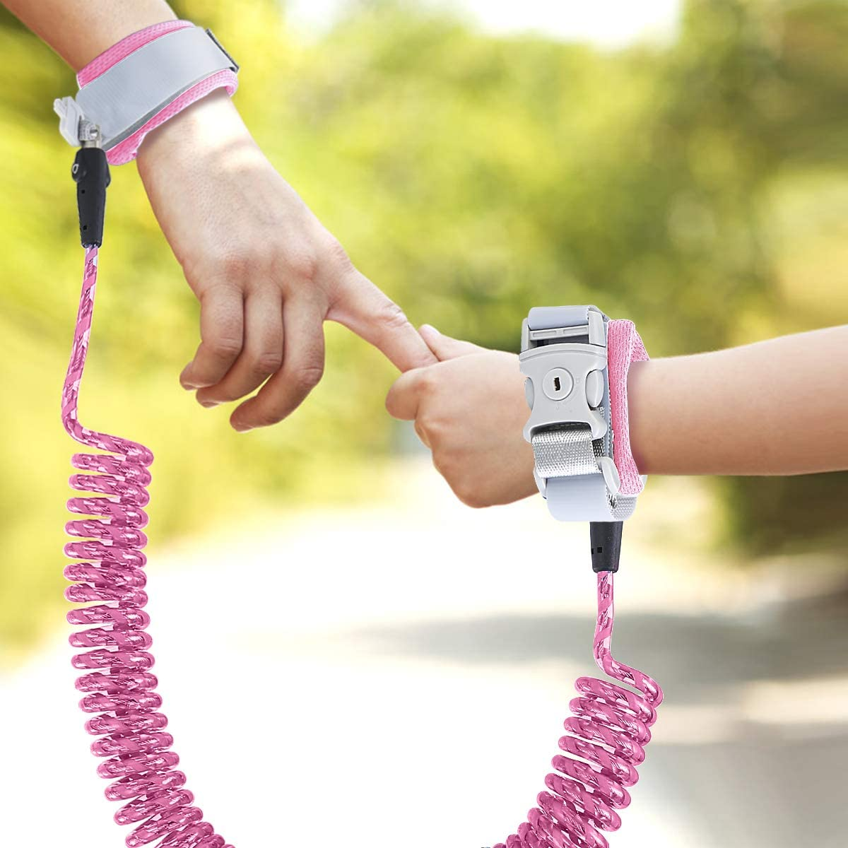 Baby Harness Flexible Adjustable Child Walking Strap Josopa Anti Lost Wrist Link Belt 360/°Rotation and Retractability Wrist Harness Set Belts and Wristband 2-in-1 Combination Kit