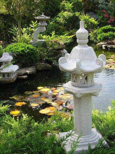 Kasuga Japanische Steinlaterne