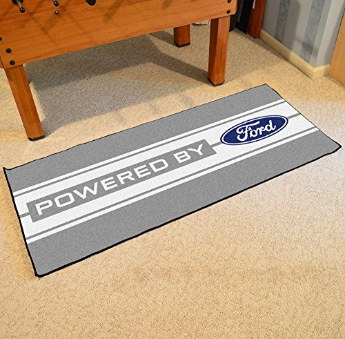 (NASCAR Ford Oval with Stripes Runner, 30