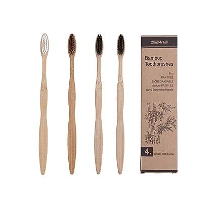 Cepillos de dientes fabricados en bambú - Libre de BPA y 100% libre de plástico