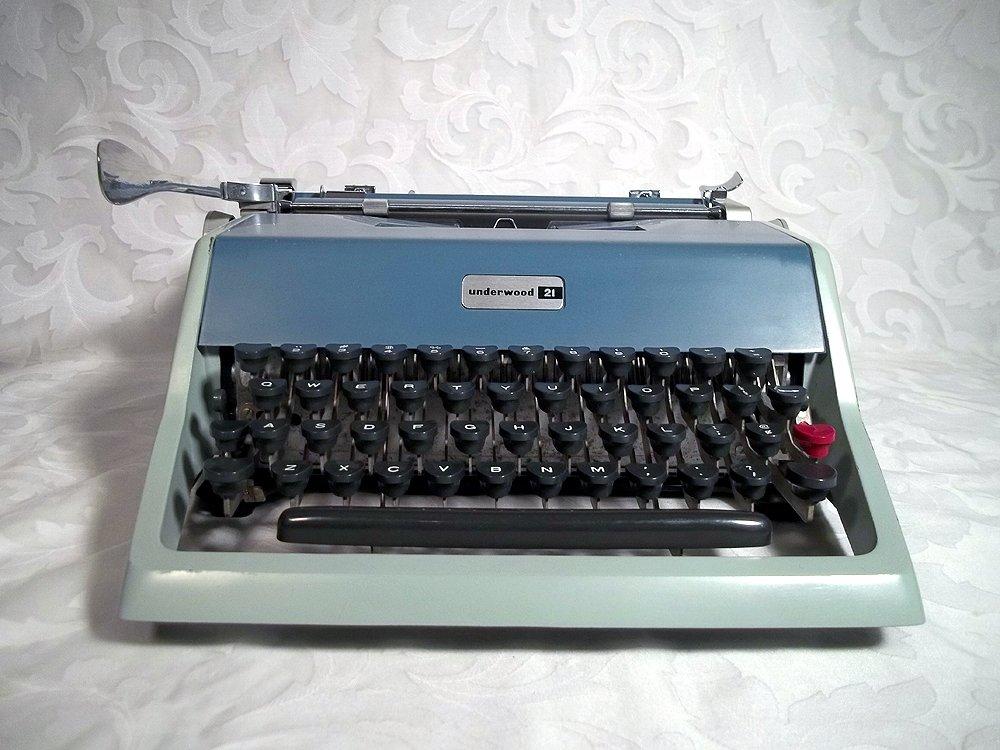 Vintage Olivetti Underwood 21 manual máquina de escribir: Amazon.es: Electrónica