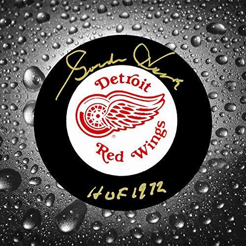 Gordie Puck Autographed Howe - Gordie Howe Detroit Red Wings HOF Autographed Puck