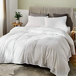 """SONORO KATE Bed Sheet Set Bamboo Sheets Deep Pockets 16"""" Eco Friendly Wrinkle Free Sheets Hypoallergenic Hotel Bedding Machine Washable Silky Soft (White, Full)"""