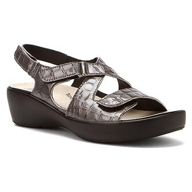 d3bcaa897ad00c Drew Shoe Abby Grey Croc