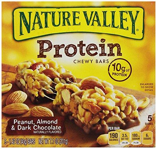 Nature Valley Chewy barres de protéines, d'arachide, d'amande et chocolat noir, de 5 à 1,42 Bars Ounce (Pack de 4)
