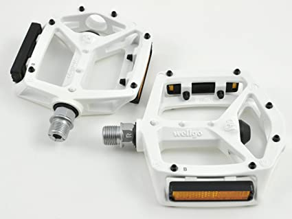 "Wellgo MG-3 9//16/"" Magnesium Pedal for MTB and Road Bike White"